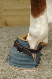 Berney leather poultice boots